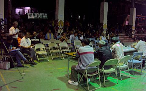 為了跟政府開會─嘉蘭召開部落會議