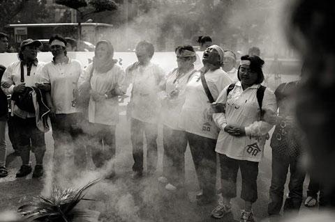 部落狼煙的隱喻