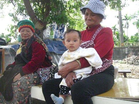 佳暮族人:不需要用政府的權力跟部落的災民拉扯。
