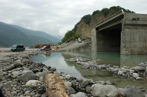 莫拉克週年專題-重災區回顧 (5):六龜、荖濃溪畔重建 步步慢