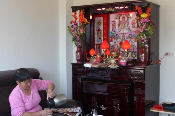 小林一村(2)五里埔生活:牌位搬進來的第二天