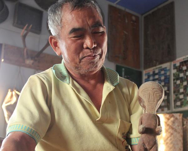 木雕是我的「啞巴家人」─木雕家高富貴專訪