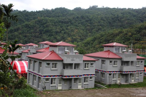 鄒族原地重建家屋第一炮 山美永久屋Saviki基地落成入住