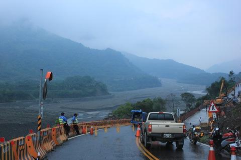 IMG_7736明德鋼便橋的事故提醒桃源鄉民雨季汛期已經到了