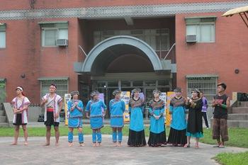 IMG_4647介紹舞團的團員、東中的小老師們給大家認識