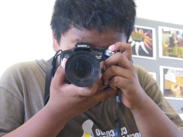 這三年我過得還不錯─sina和他的照相機