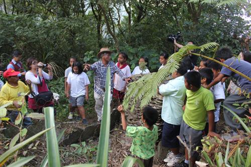 三個部落合作搭建工寮,讓孩子參與學習部落知識