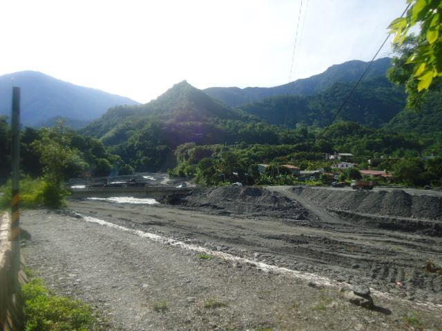 復興部落望溪的日子~莫拉克風災後三年看拉庫斯溪與河床護岸問題